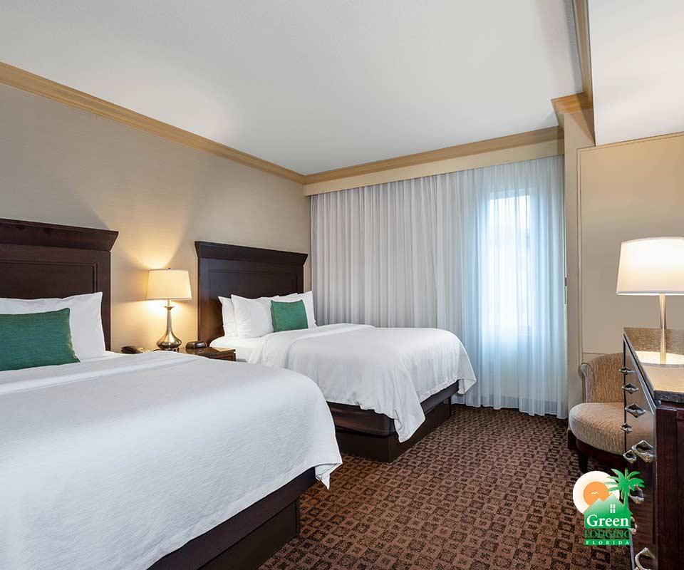 Hawthorn Suites by Wyndham Room
